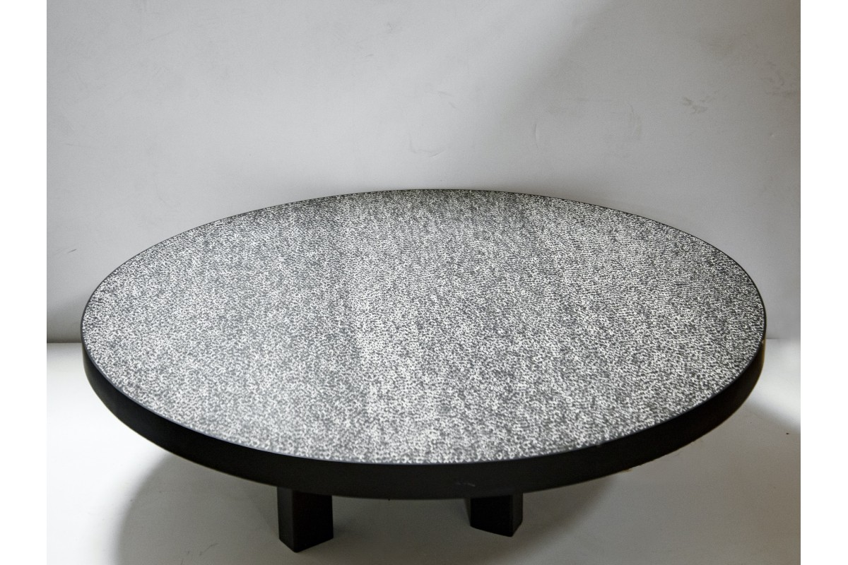 """Grains of rice"" coffee table"