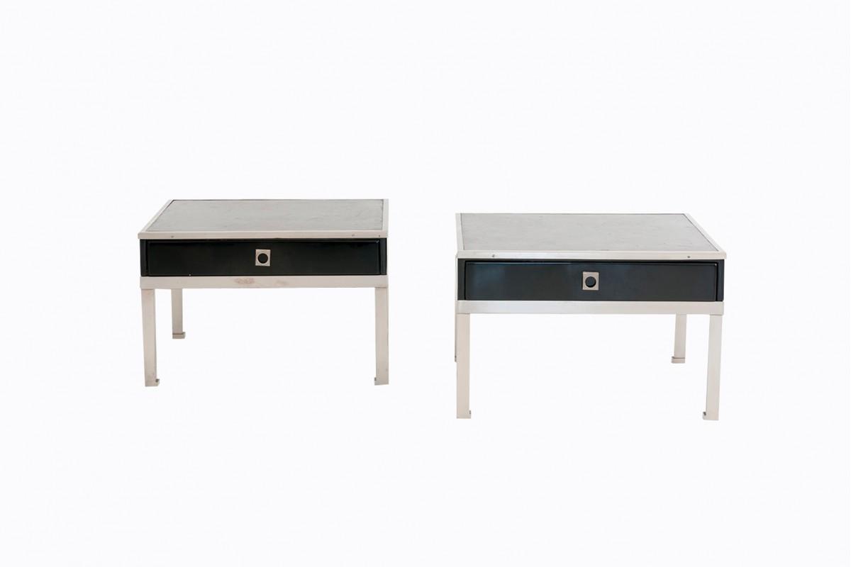 Paire de petites tables