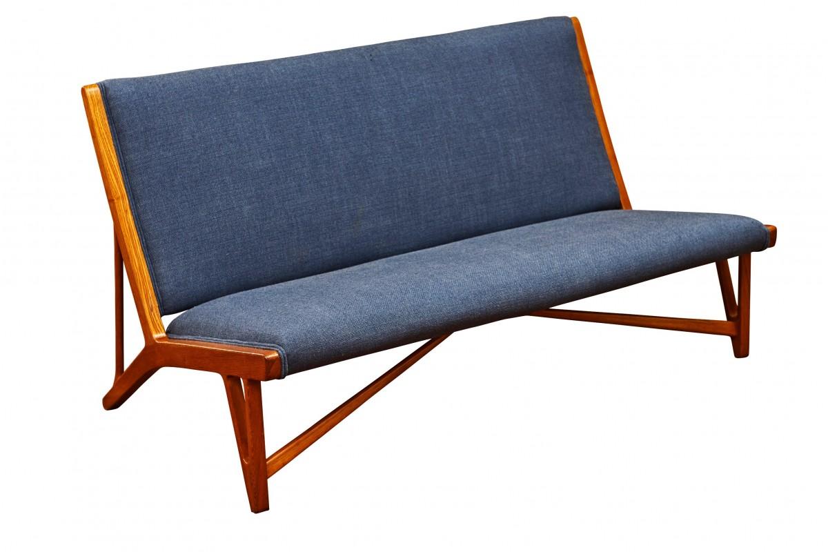 Canapé, modèle JH555 dit...