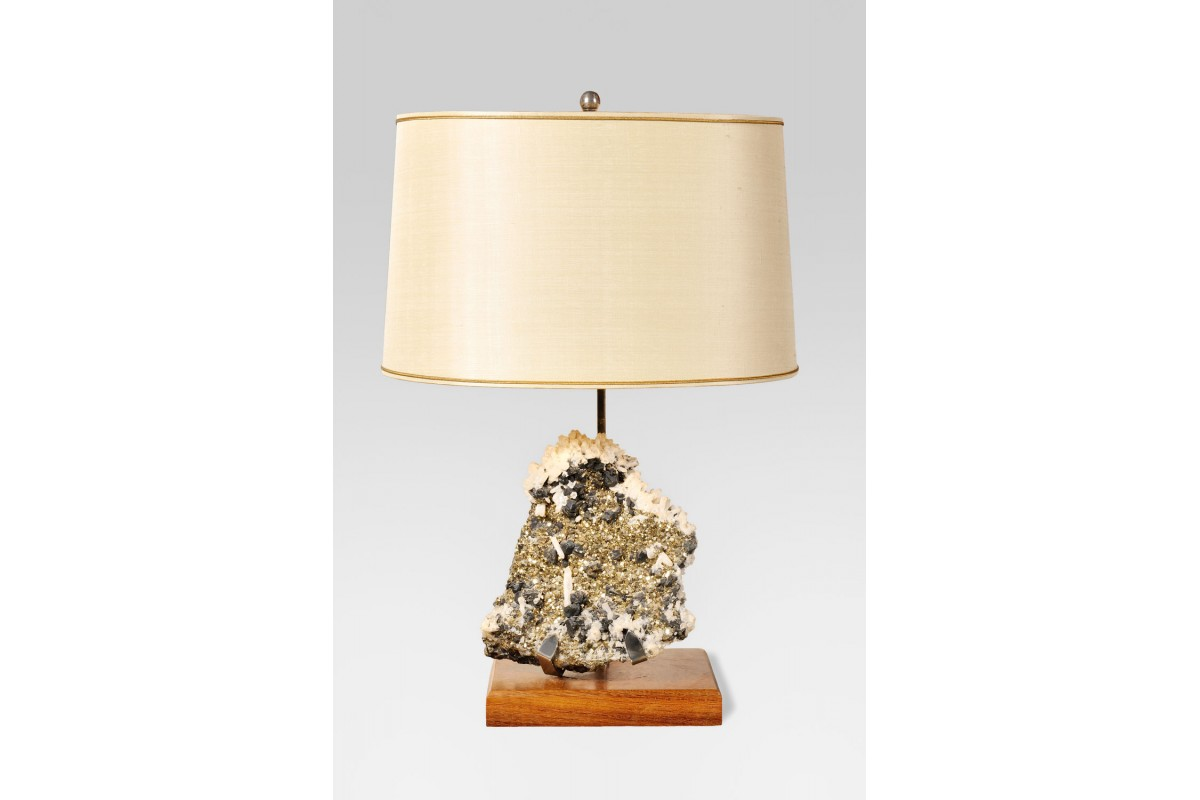 Pyrite lamp