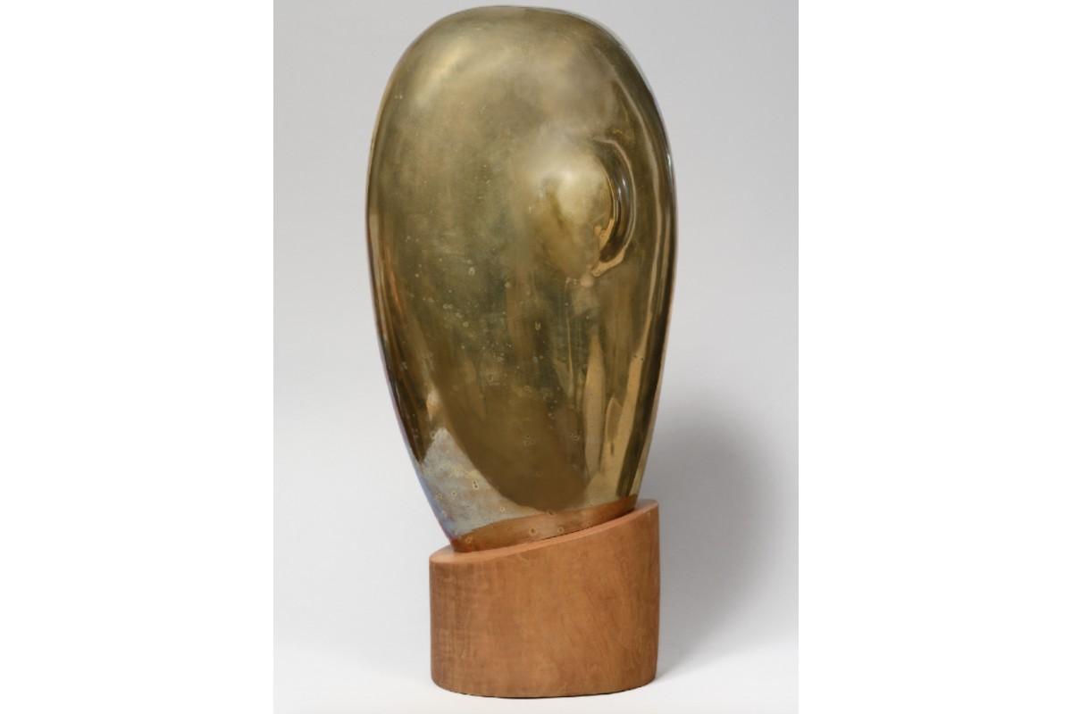 Polished gilded bronze