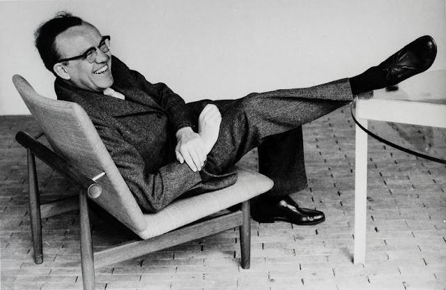 Finn Juhl (1912-1989)